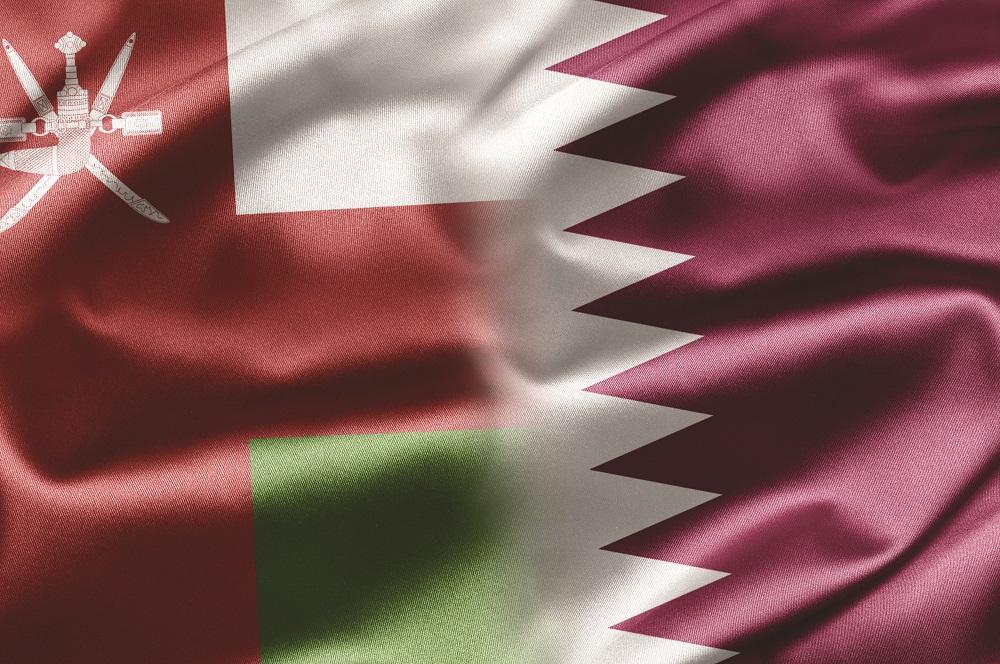 على خلفية الأزمة الخليجية .. السلطنة وقطر تعززان علاقاتهما التجارية والاقتصادية