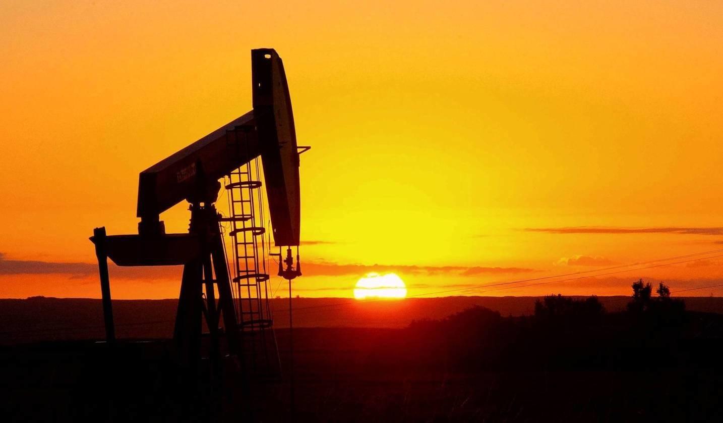 العوفي: دمج قطاع الكهرباء في قطاعي النفط والغاز