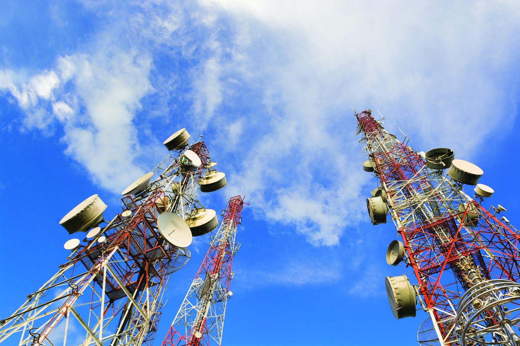 السلطنة سوق متقدم للاتصالات