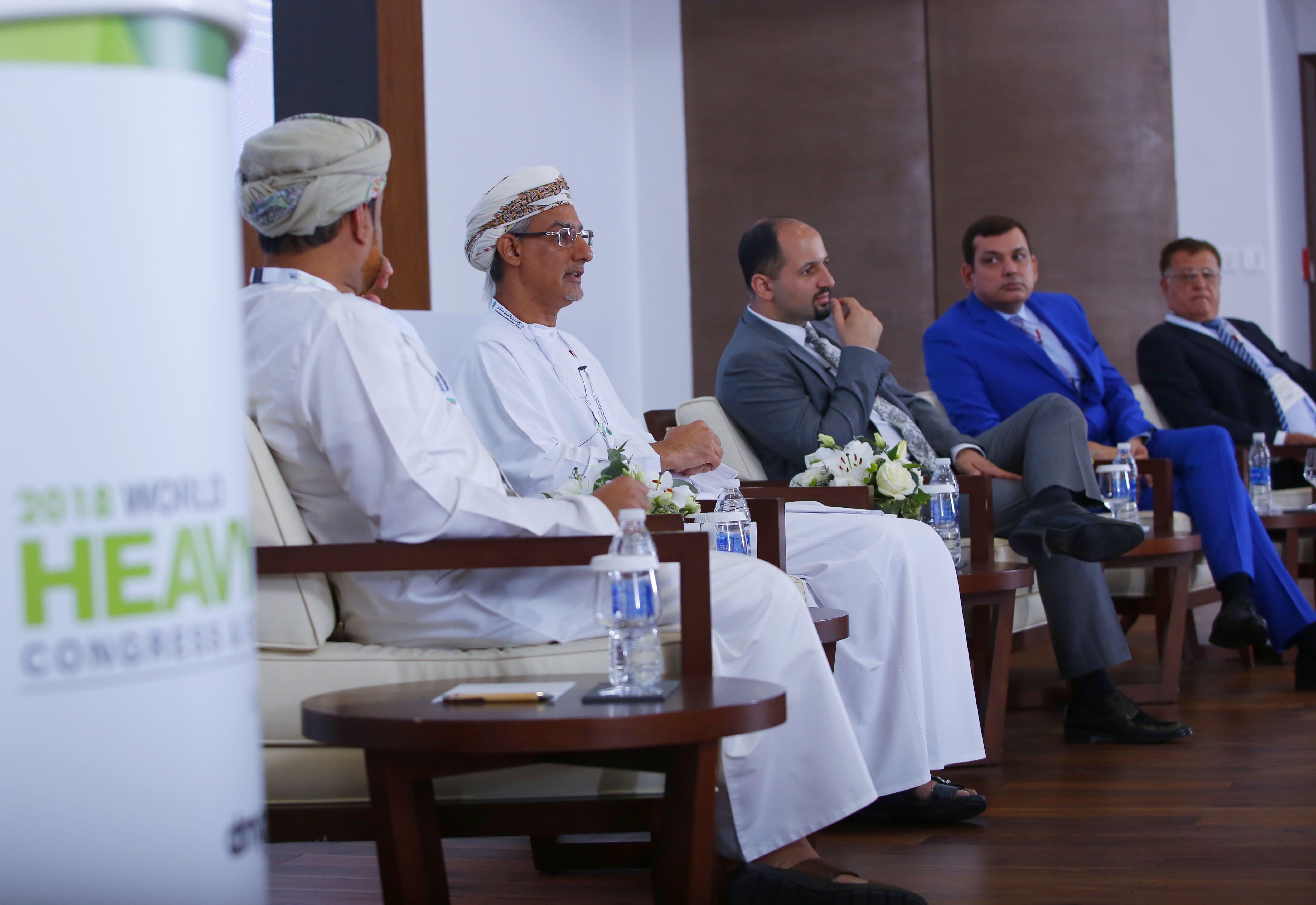 مؤتمر دولي يرسم خارطة الطريق لمستقبل تكامل الطاقتين التقليدية والمتجددة