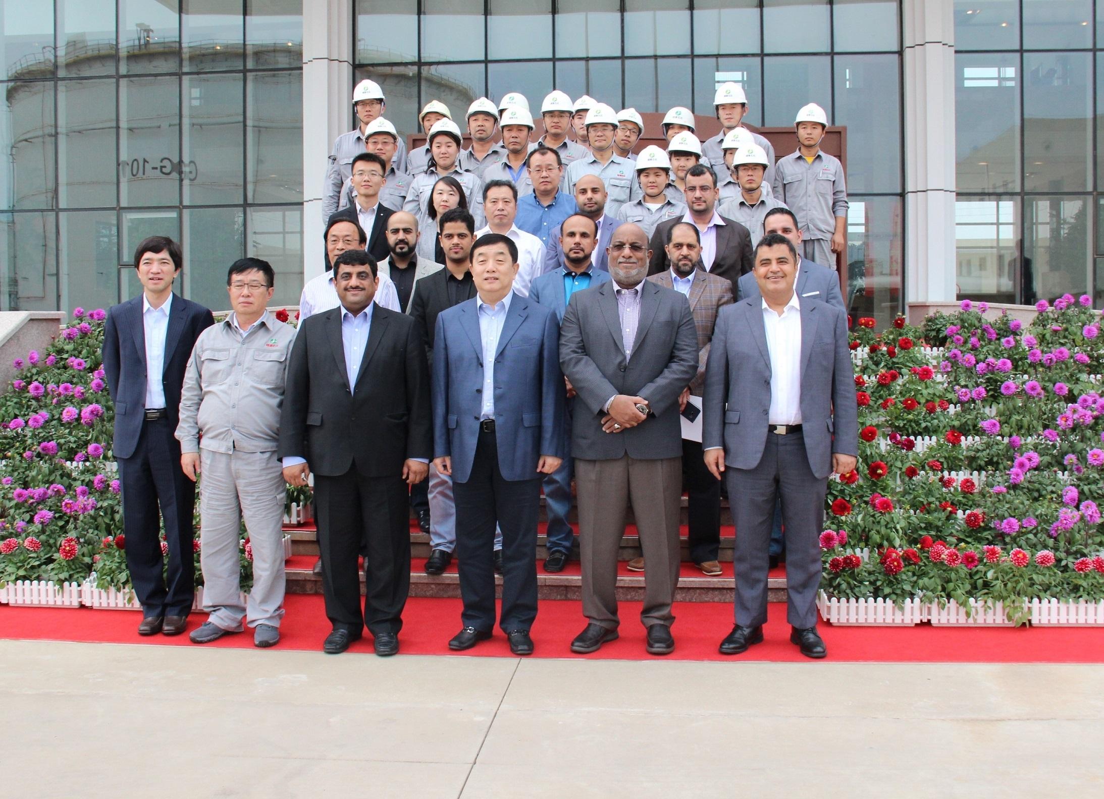الجابري يوجه الدعوة لمجموعة منج يون البتروكيماوية الصينية للاستثمار في منطقة #الدقم